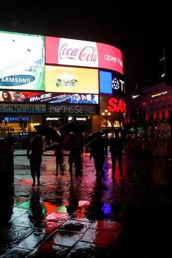 Heavy rain in Piccadilly Circus, London, UK : Stock Photo