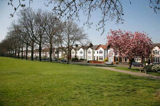 Looking through Ruskin Park to Finsen Road, Camberwell, London, UK : Stock Photo