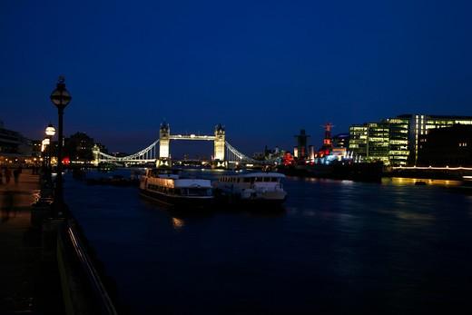 Bridge lit up at night, Tower Bridge, Thames River, London, England : Stock Photo