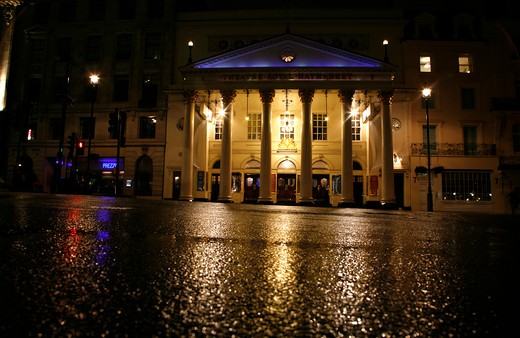 Theatre on the roadside, Theatre Royal Haymarket, St James's, London, England : Stock Photo