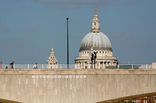 UK, London, Looking across Waterloo Bridge to St. Paul's Cathedral : Stock Photo