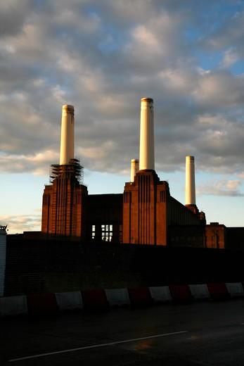 UK, London, Battersea, Battersea Power Station : Stock Photo