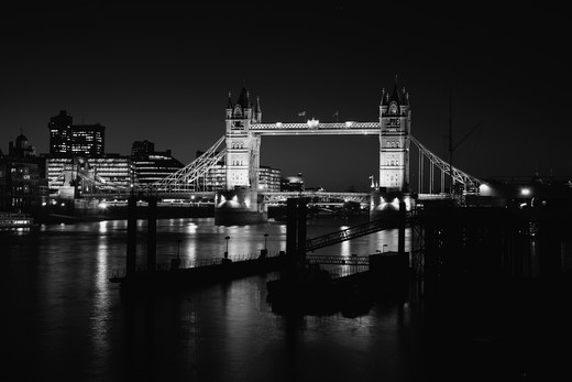 UK, London, Looking up River Thames to Tower Bridge : Stock Photo