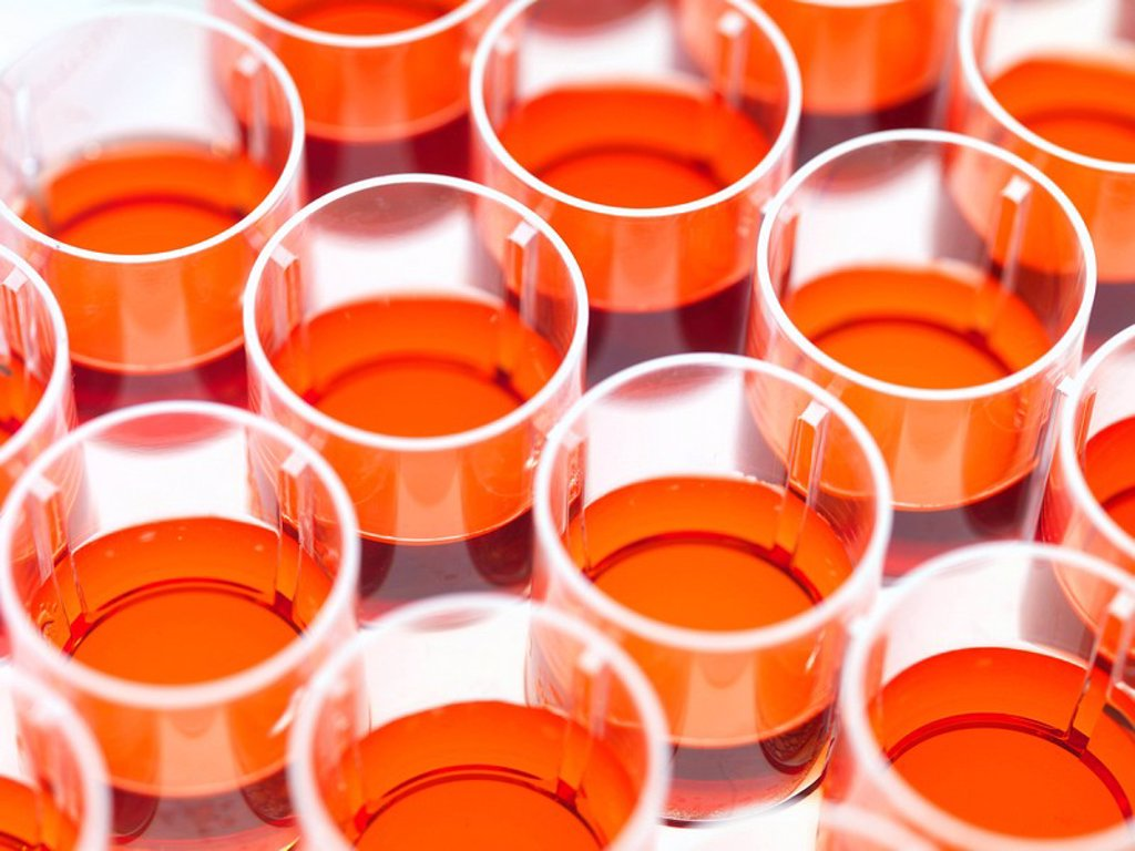 Stock Photo: 4128R-10707 Stem cell research