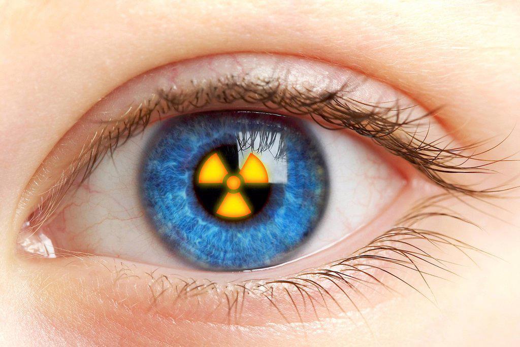Stock Photo: 4128R-11924 Eye with radiation warning sign