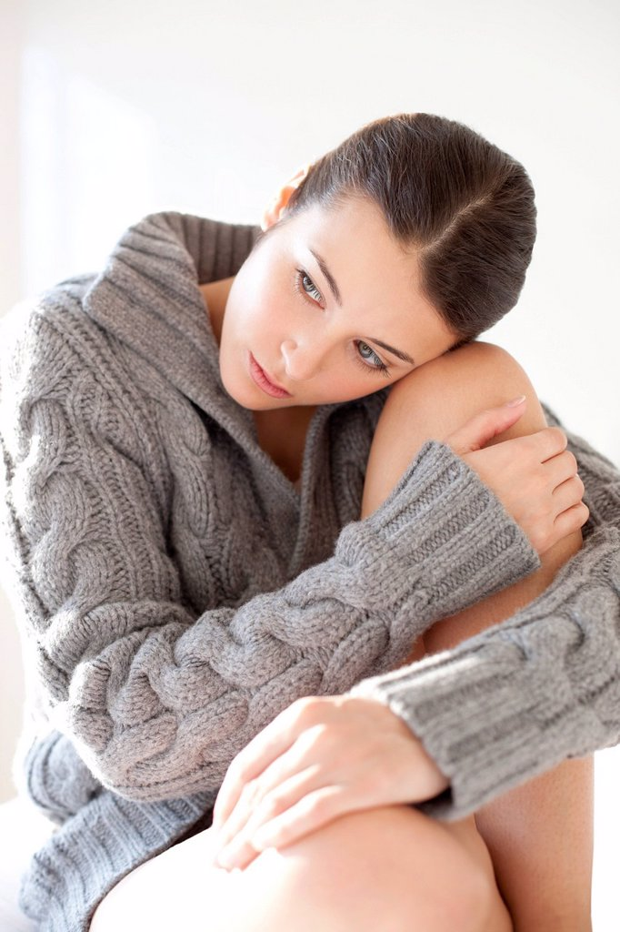 Stock Photo: 4128R-20908 Sad woman