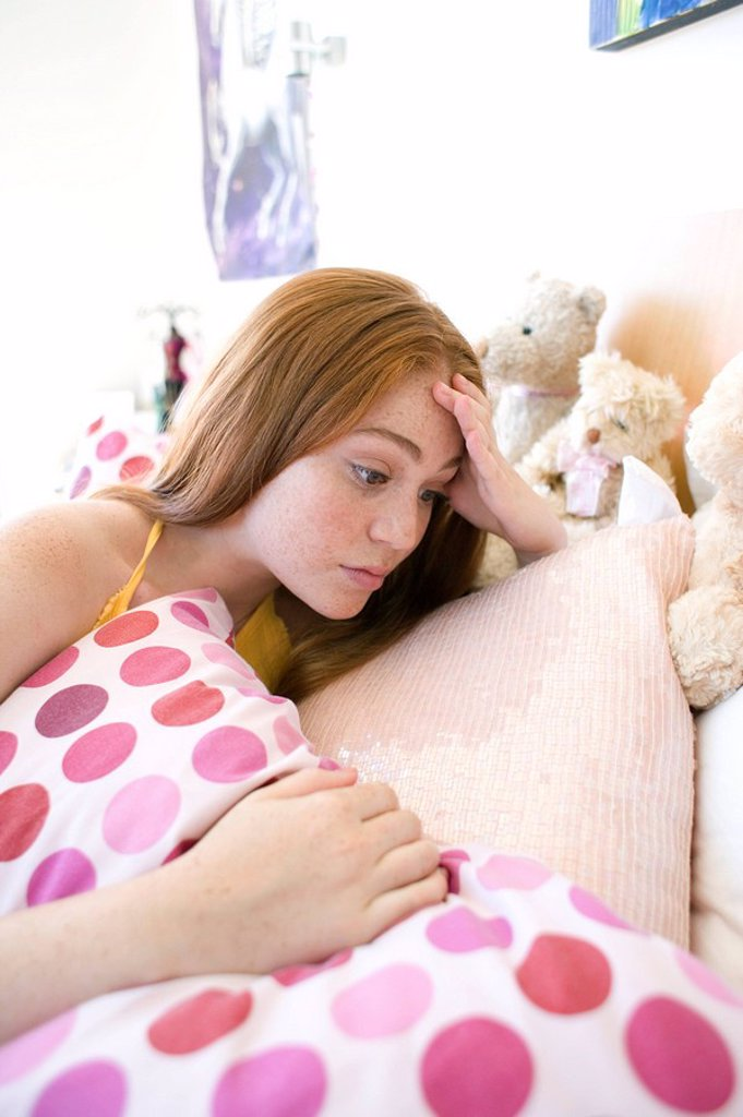 Stock Photo: 4128R-2466 Depressed teenage girl