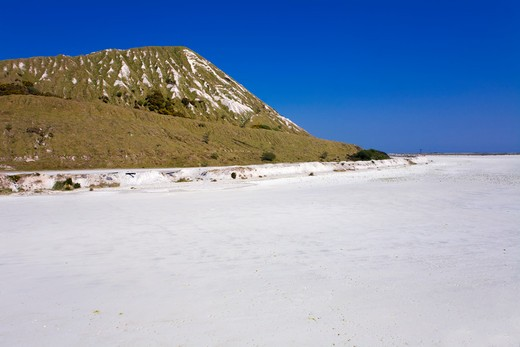 Stock Photo: 4141-40622 china clay waste and settling area, cornwall