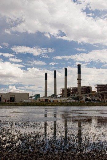 jim bridger coal fired power plant near rock springs, wyoming. : Stock Photo