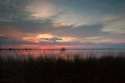 Stock Photo: 4151-205 River at sunrise, St. John's River, Jacksonville, Florida, USA