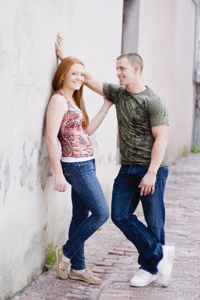 Stock Photo: 4152-262 Romantic young couple