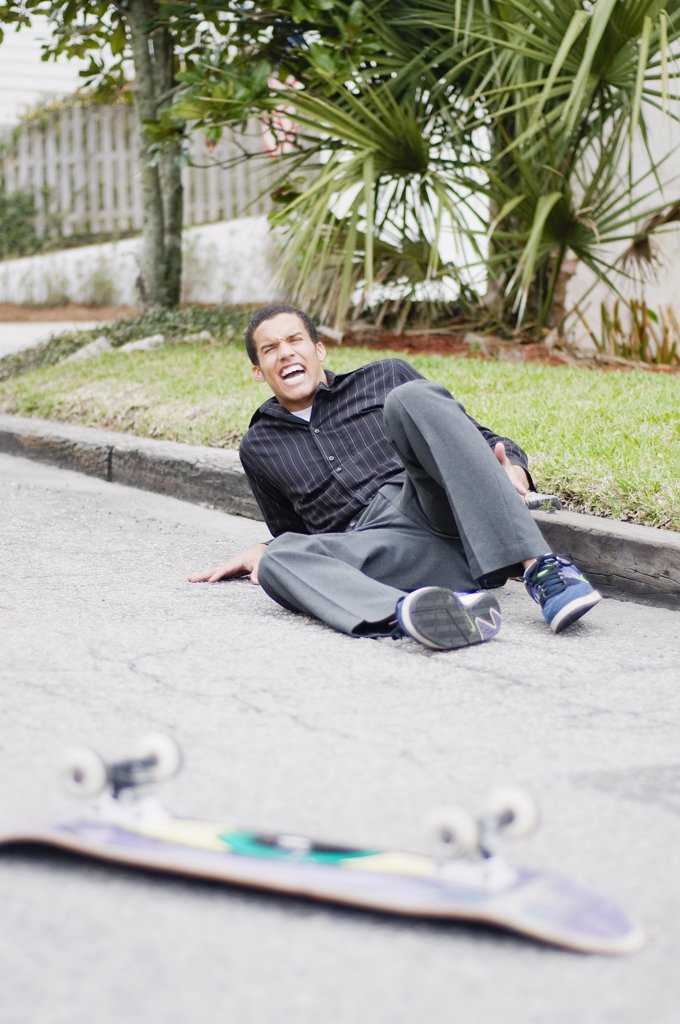 Stock Photo: 4152-263 Skateboarder falling