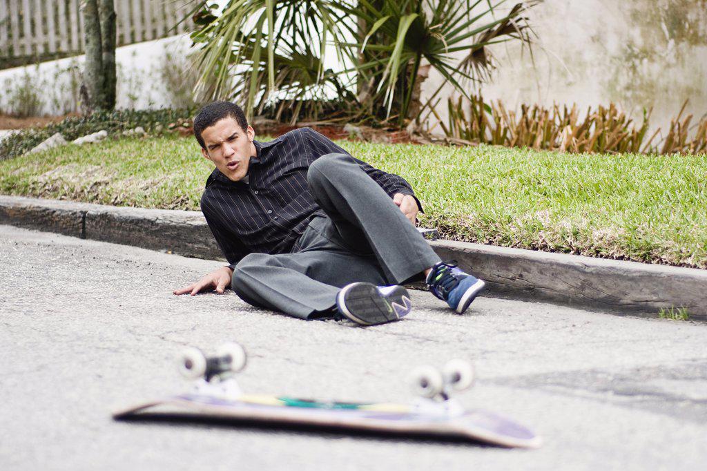 Stock Photo: 4152-266 Skateboarder falling