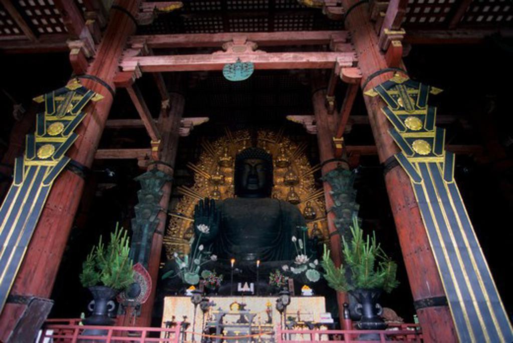 Stock Photo: 4163-11250 JAPAN, NARA, TODAI-JI TEMPLE, (BUDDHIST TEMPLE), BUDDHA STATUE
