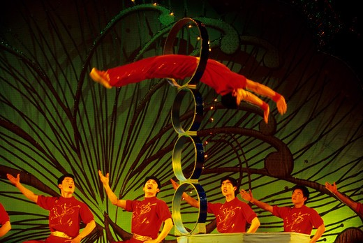 CHINA, SHANGHAI, ACROBATIC SHOW : Stock Photo