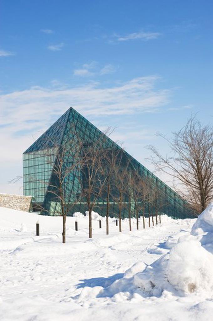JAPAN, HOKKAIDO ISLAND, SAPPORO, MOERENUMA PARK, VIEW OF GLASS PYRAMID HIDAMARI : Stock Photo
