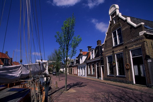 Stock Photo: 4163-13455 NETHERLANDS, FRIESLAND, MAKKUM, STREET SCENE