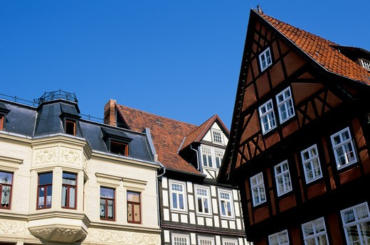 GERMANY, NEAR MAGDEBURG, QUEDLINBURG (UNESCO WORLD HERITAGE SITE), MARKET SQUARE, HALF TIMBERED HOUSES : Stock Photo