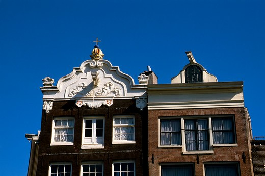Stock Photo: 4163-14395 NETHERLANDS, HOLLAND, AMSTERDAM, STEEPLES OF OLD HOUSES (SEVENTEENTH-CENTURY BELL GABLES)