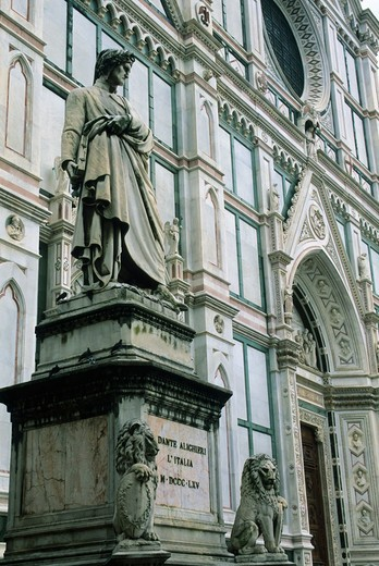 Stock Photo: 4163-14548 ITALY, FLORENCE, SANTA CROCE CHURCH, STATUE OF DANTE