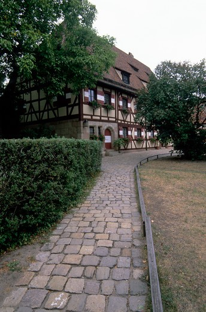 GERMANY, NUREMBERG, KAISERBURG CASTLE, COBBLESTONE PATH : Stock Photo