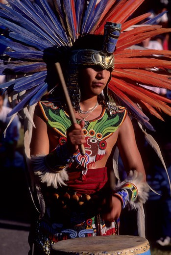 Stock Photo: 4163-1845 AZTEC TRADITIONAL DANCE PERFORMANCE, DRUMMER (MEXICO)