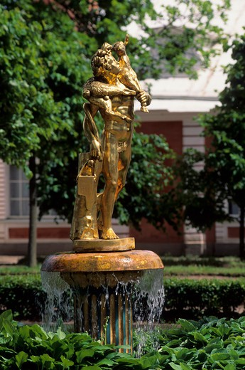 RUSSIA,NEAR ST. PETERSBURG PETRODVORETS, PARK, BELL FOUNTAIN, GILDED STATUE WITH FAWN : Stock Photo