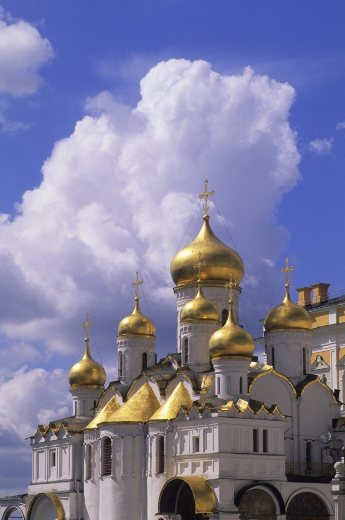 Stock Photo: 4163-19728 RUSSIA, MOSCOW, INSIDE KREMLIN, CATHEDRAL OF THE ANNUNCIATION, GOLDEN DOMES