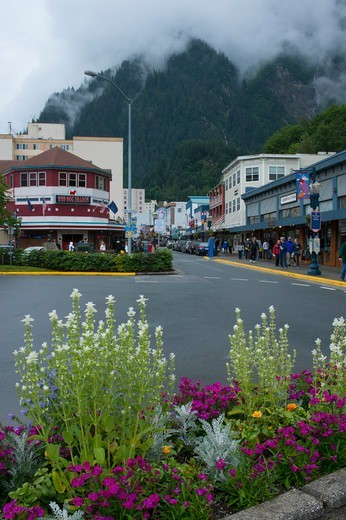 Street scene in downtown Juneau, Alaska, USA with the historic Red Dog Saloon : Stock Photo