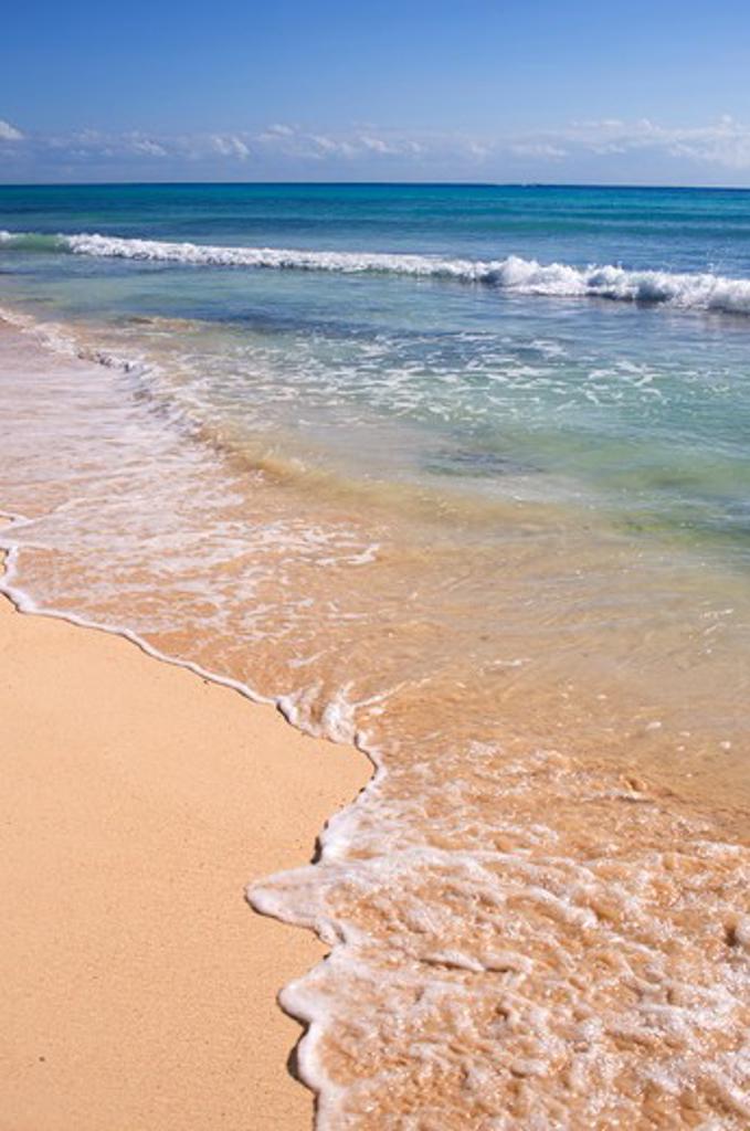 MEXICO, NEAR CANCUN, PLAYA DEL CARMAN, SURF ON WHITE SAND BEACH : Stock Photo