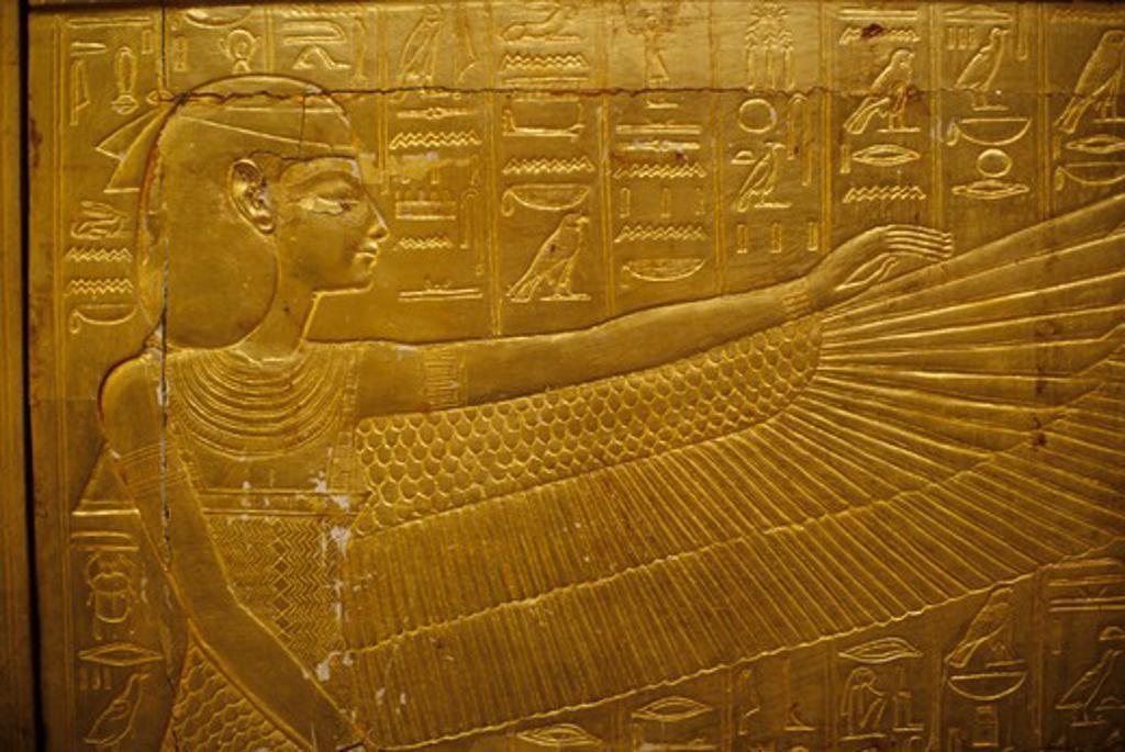 EGYPT, CAIRO, EGYPTIAN MUSEUM OF ANTIQUITIES, TUTANKHAMUN, SHRINE, GODDESS ISIS : Stock Photo