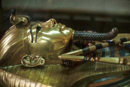EGYPT, CAIRO, EGYPTIAN MUSEUM OF ANTIQUITIES, TUTANKHAMUN'S GOLD COFFIN : Stock Photo
