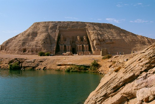 Stock Photo: 4163-7208 EGYPT, ABU SIMBEL, LAKE NASSER, GREAT TEMPLE OF ABU SIMBEL