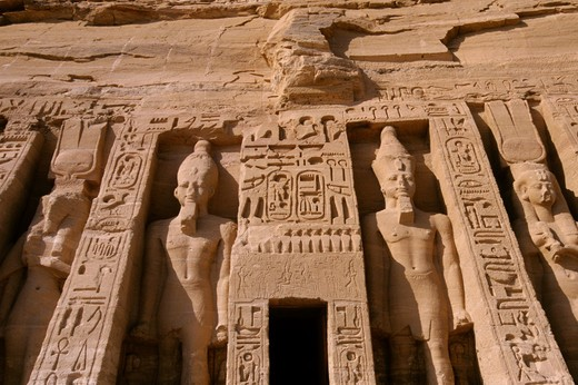 EGYPT, ABU SIMBEL, SMALL TEMPLE OF ABU SIMBEL, FACADE, RAMSES II AND NEFERTARI-HATHOR : Stock Photo