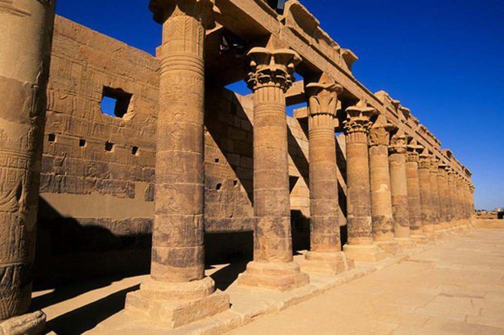 EGYPT, ASWAN, NILE RIVER, AGILKIA ISLAND, PHILAE, WEST COLONNADE : Stock Photo