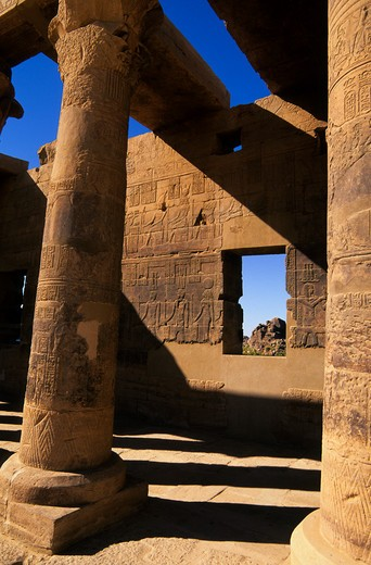 EGYPT, ASWAN, NILE RIVER, AGILKIA ISLAND, PHILAE, WEST COLONNADE : Stock Photo