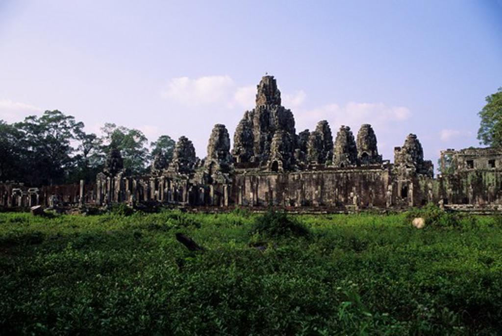 CAMBODIA, ANGKOR, ANGKOR THOM, BAYON TEMPLE, BUILT END OF 1100'S : Stock Photo