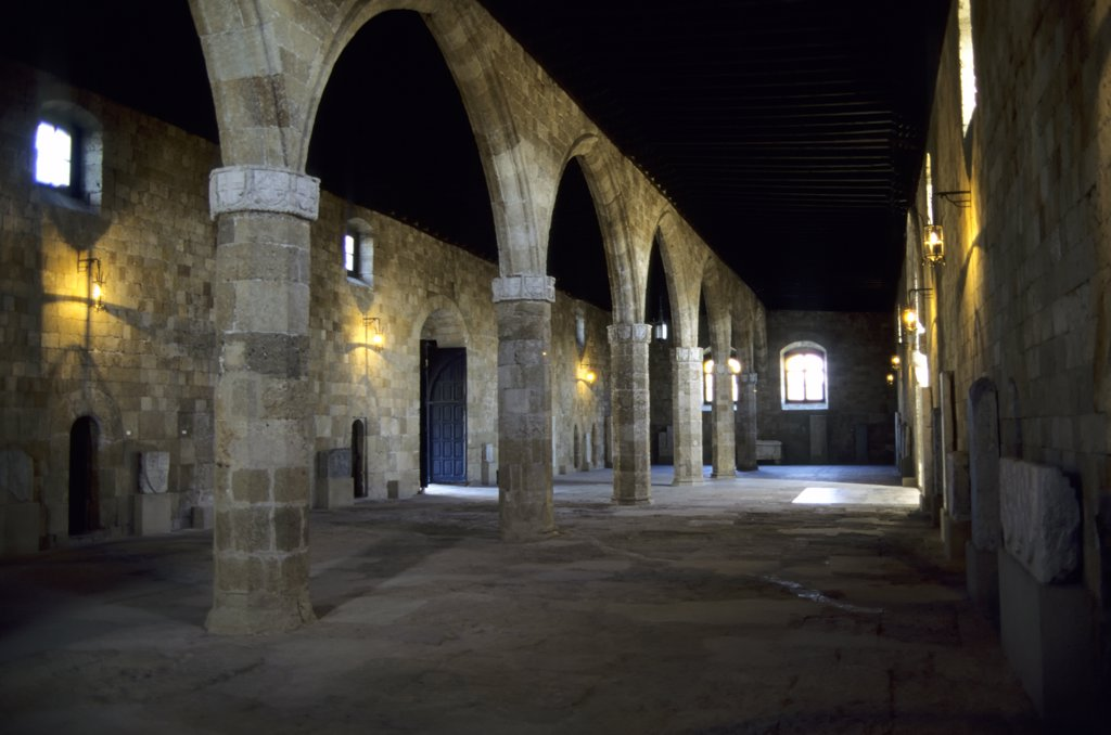 Stock Photo: 4168-10023 Greece, Rhodes, Hospital Of The Knights, Hall