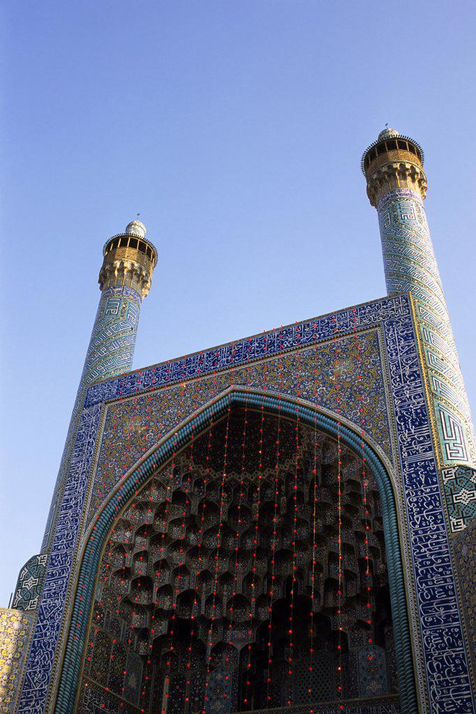 Stock Photo: 4168-10744 Iran, Esfahan, Eman Khomeni Square, Imam (Masjed-E Emam) Mosque, Gateway, Minarets
