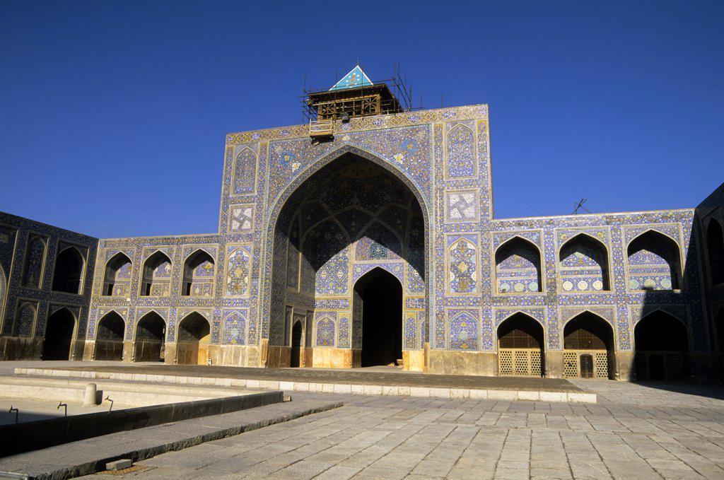 Stock Photo: 4168-10752 Iran, Esfahan, Eman Khomeni Square, Imam (Masjed-E Emam) Mosque, Madresseh, Tilework