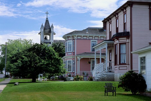 Stock Photo: 4168-1165 USA, WASHINGTON, WHIDBEY ISLAND, COUPEVILLE, VICTORIAN STYLE HOUSES