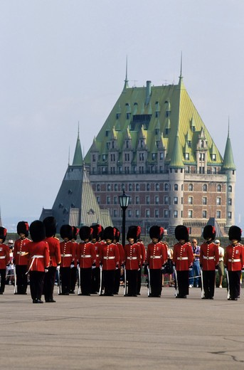 Stock Photo: 4168-1229 CANADA, QUEBEC CITY, CITADEL, CHANGING OF THE GUARD CEREMONY, HOTEL FRONTENAC