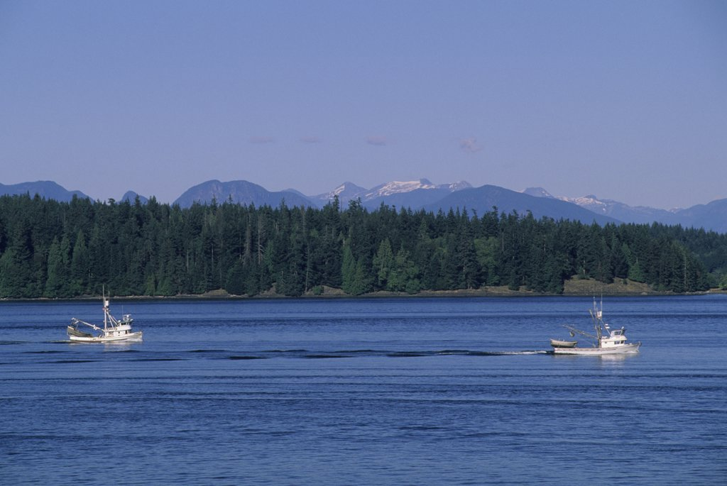 Stock Photo: 4168-13038 Canada, British Columbia, Vancouver Island, Campbell River, Strait Of Georgia, Fishing Boats