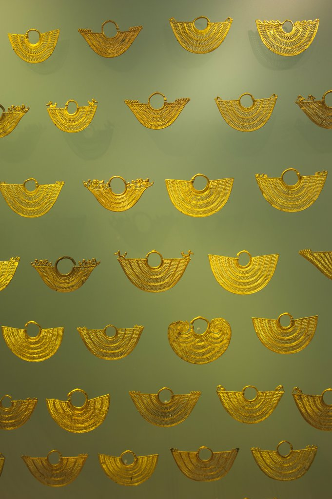 Stock Photo: 4168-13215 Golden Filigree Earrings From Tradicion Zenu Tribe In The Gold Museum In La Candelaria, The Old Town Of Bogota, Colombia