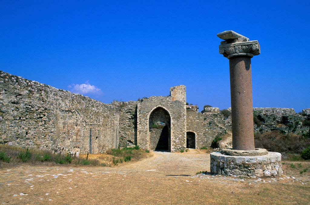 Greece, Methoni, Old Venetian Fortress, Column : Stock Photo