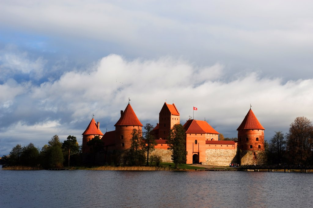 Stock Photo: 4168-14604 Lithuania, Lake Trakai, 14Th Century Trakai Island Castle