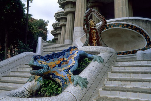 Stock Photo: 4168-2526 Spain, Barcelona, Park Guell, Main Steps, Dragon Statue