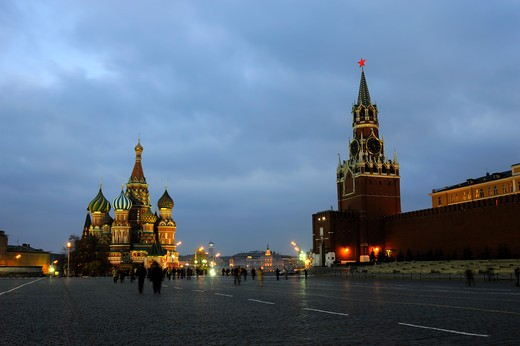 Russia, Moscow, Red Square, St. Basil's Cathedral And Kremlin At Night : Stock Photo