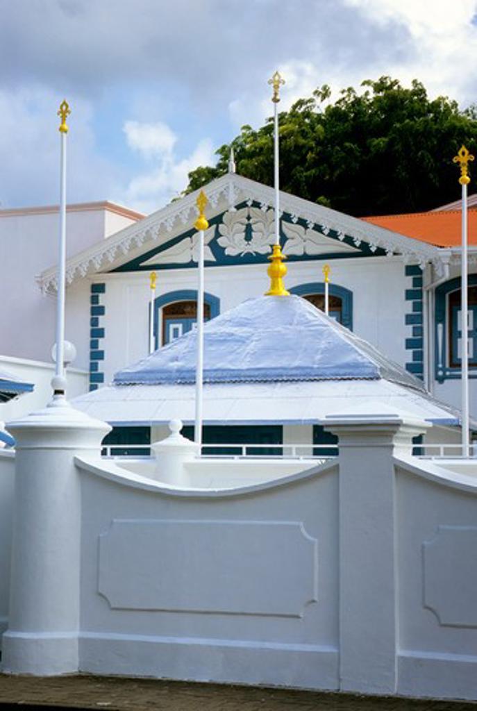 Stock Photo: 4168-5100 maldives, male, friday mosque (hukuru miski), shrine of abul barakath yousuf al-barbari