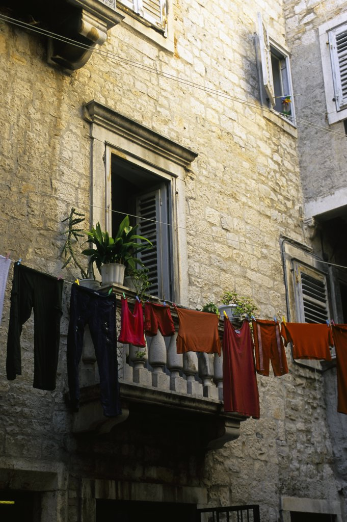 Stock Photo: 4168-7964 Croatia, Split, Diocletian's Palace, Alley Scene, Laundry